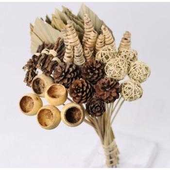 Mélange de décoration dans la couleur naturel